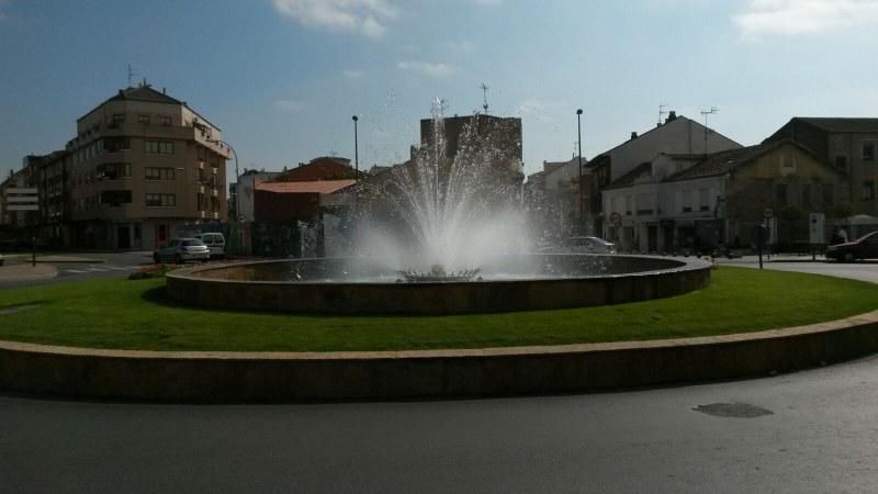 Plaza-Fuente-Colinas